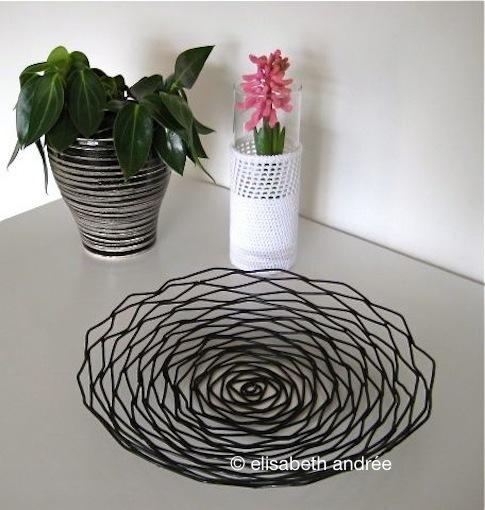 vase cover - elisabeth andrée