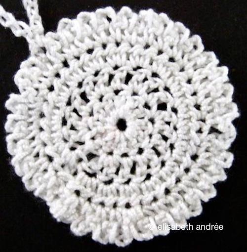 pendant pattern - elisabeth andrée