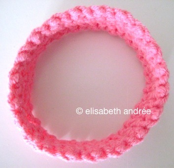 band for pink-flowers-yarn-stitches-shawl - elisabeth andrée