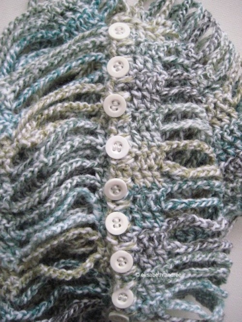 scarf/cowl with buttons - elisabeth andree