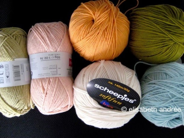 colors for pouf