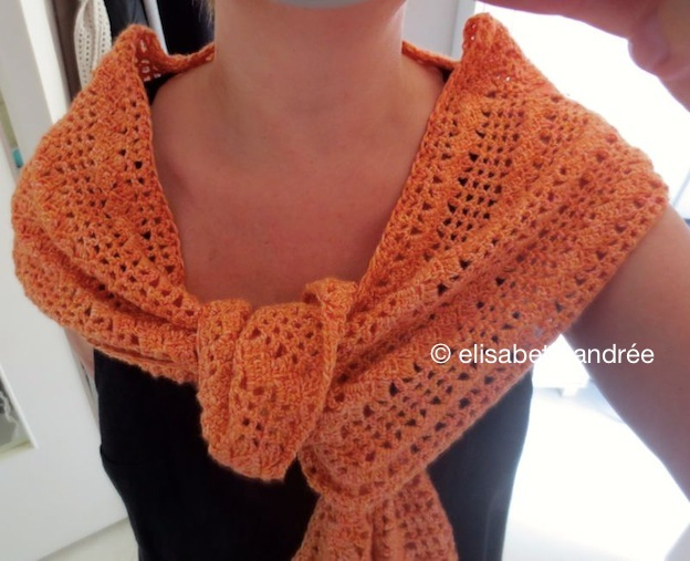 filet crochet scarf by elisabeth andrée