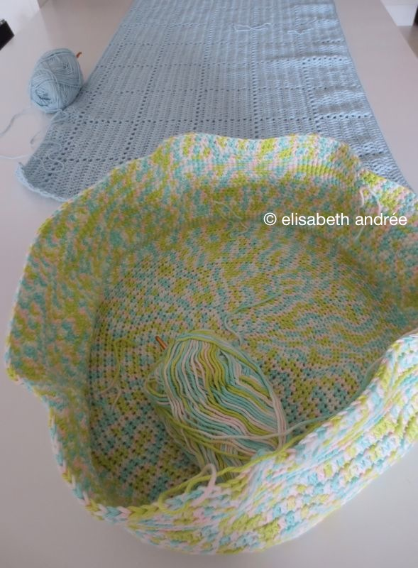 baby blanket and bag