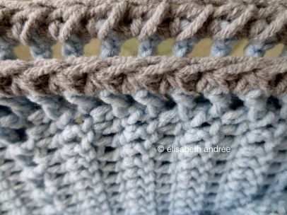 baby blanket edge