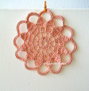 crochet coaster by elisabeth andrée