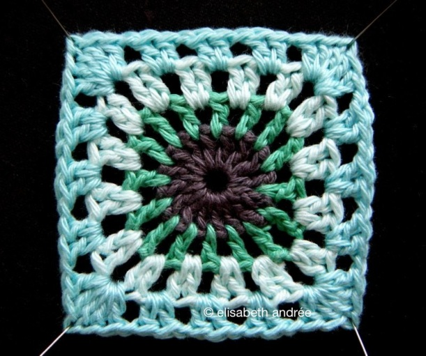 crochet square by elisabeth andrée