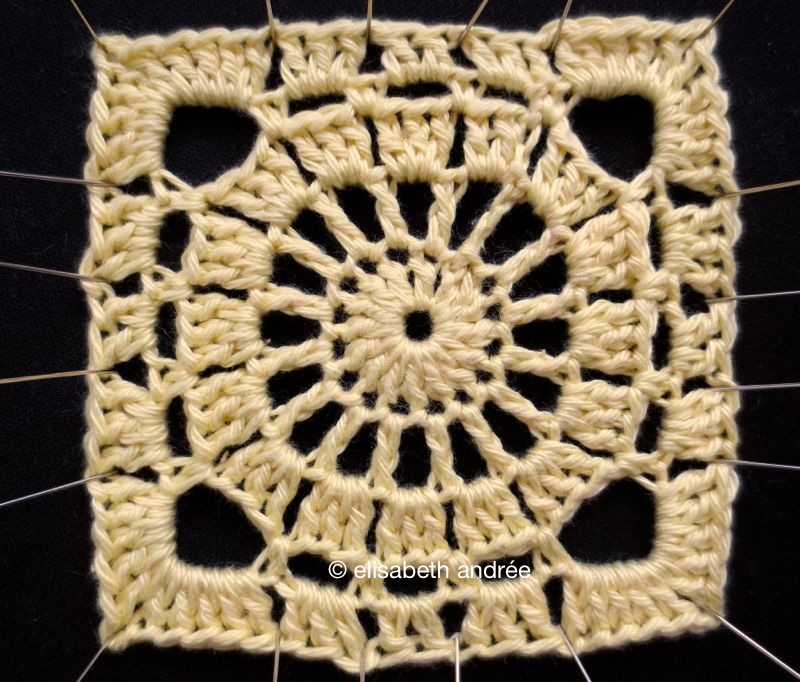 crochet vintage square by elisabeth andrée