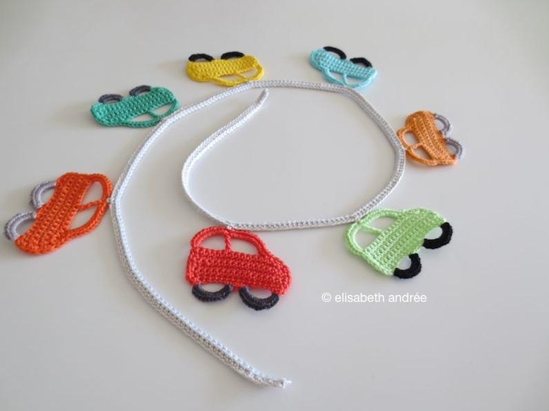 7 little cars garland