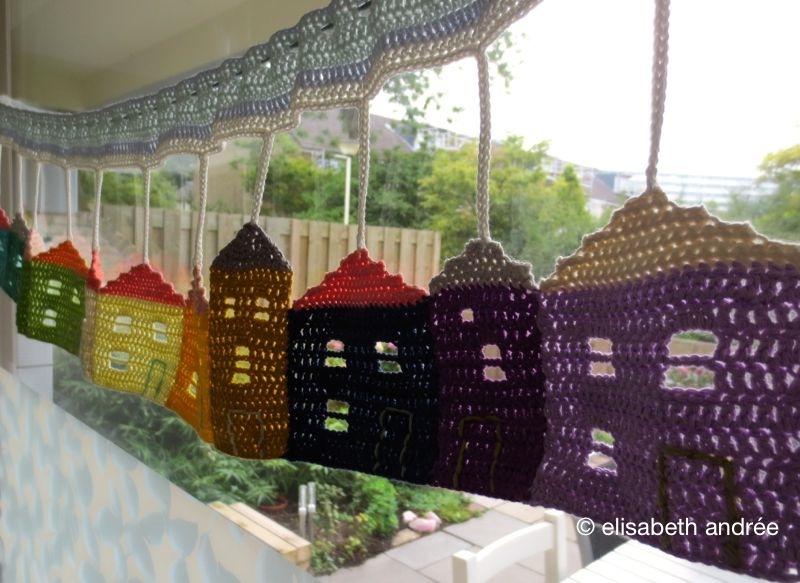 crochet burano houses