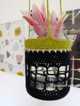 crochet pot hanger