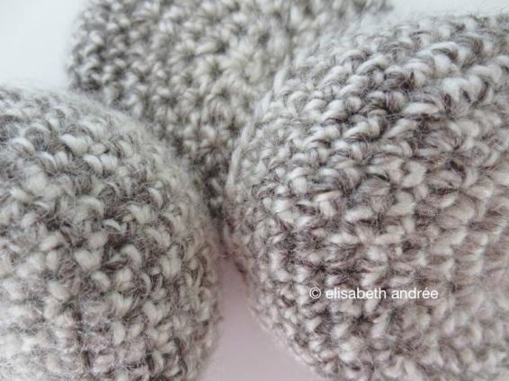 crochet mini bowls close up