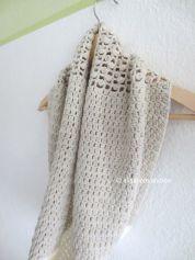 crochet cowl by elisabeth andrée