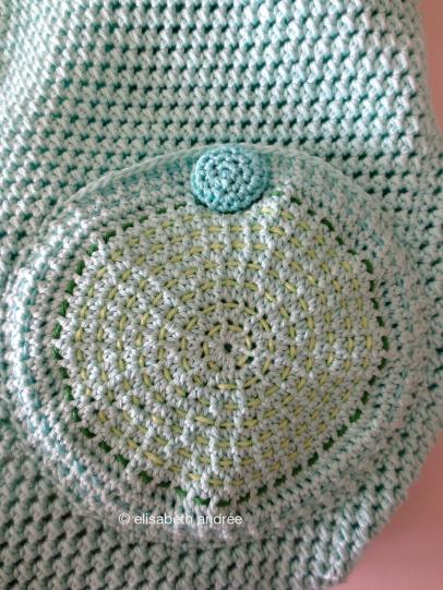 crochet bag back pocket