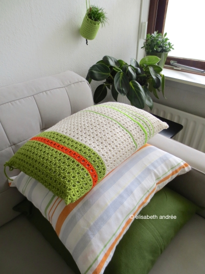 crochet stripes cushion cover