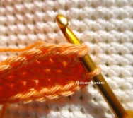 crochet pyramid 2sctog slip stitch in first 2sctog