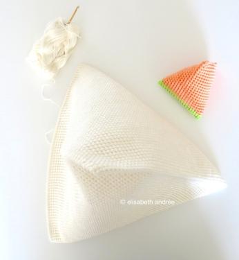 white 2sctog project and tiny crochet pyramid