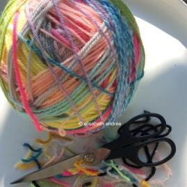 yarn leftovers ball 3 by elisabeth andrée