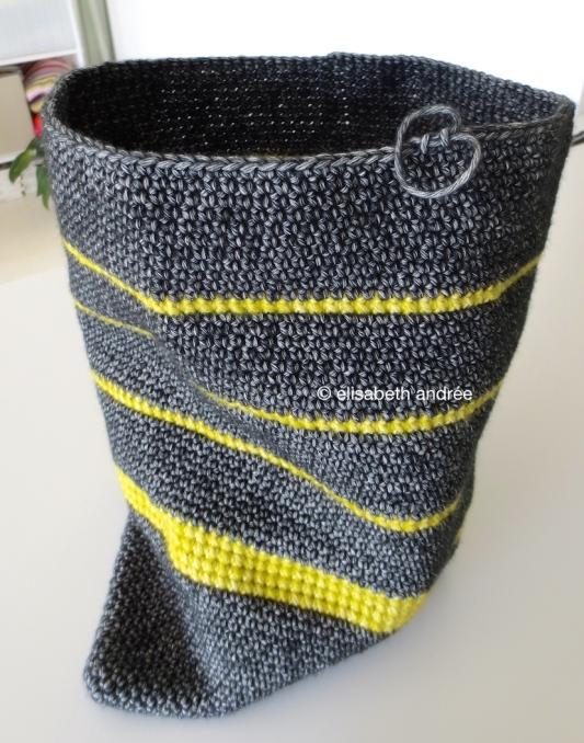 wip crochet bag by elisabeth andrée