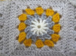 yellow and gray crochet block1
