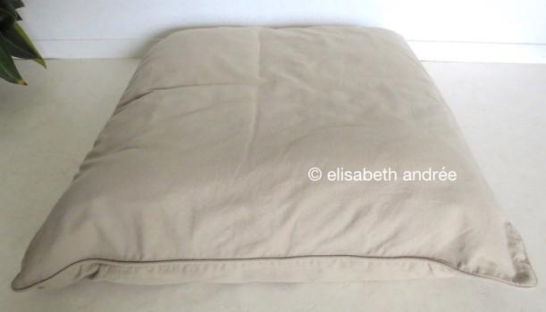 cushion 70 x 70 cm