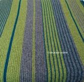 soft ribbels and stripes crochet blanket