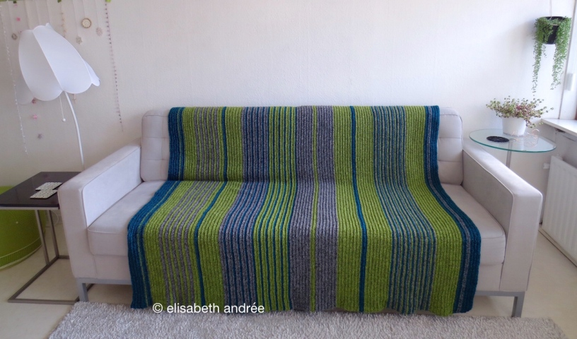 soft ribbels crochet blanket by elisabeth andrée