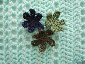 3 crochet flowers and opaline blanket