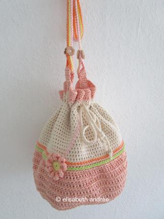 small crochet shouderbag by elisabeth andrée