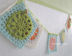 crochet another square variation bunting