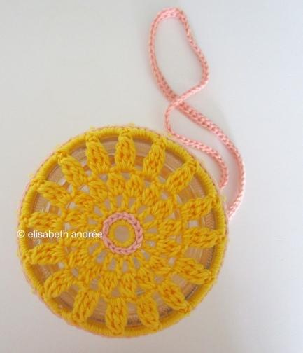 bottom of crochet cover for glass jar