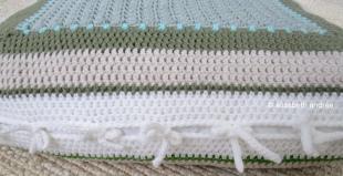 closure of crochet cat's bed by elisabeth andrée