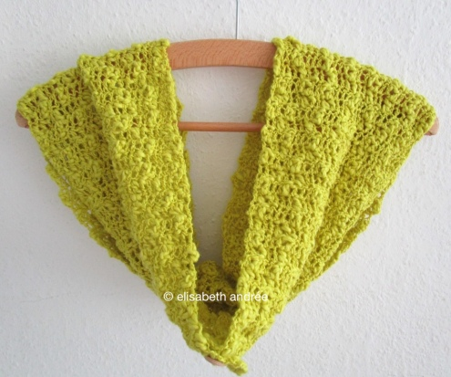 crochet cowl on hanger by elisabeth andrée