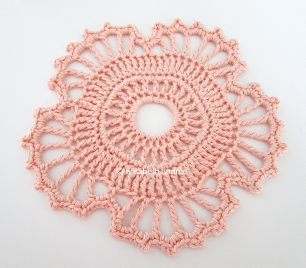 crochet motif of an irish crochet doily free vintage pattern