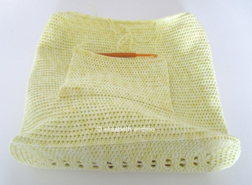 work in progress crochet summer bag by elisabeth andrée
